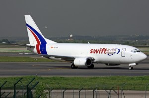 Swiftair_-_Boeing_737-301(SF)