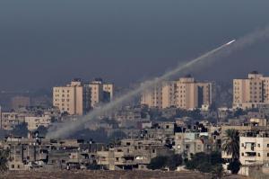 20121115_gaza_HAMAS_ROCKETS_2012